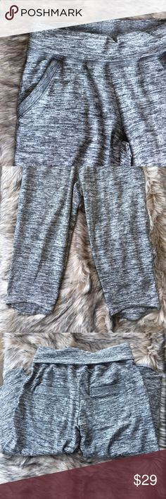 Cropped sweatpants So cute and comfy!!! Front and back pockets.  Inseam approx 20.5.  Waist approx 15 flat without stretching.  Fold over waistband. Nikibiki Pants Track Pants & Joggers