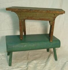 332: two antique cricket stools : Lot 332
