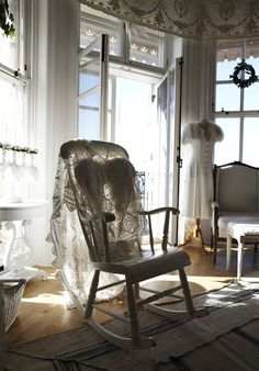 Shabby white rocker