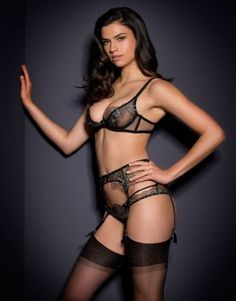 Agent Provocateur CALLIE SUSPENDER in BLACK FRENCH EMBROIDERY - AP Size 3 - BNWT