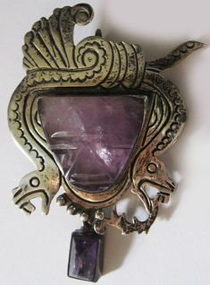 GREAT VINTAGE MEXICO STERLING SILVER SNAKES & CARVED AMETHYST AZTEC FACE PIN