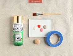 make colorful wooden door knobs Wooden Door Knobs, Things To Buy, Door Handles, Easy Diy, New Homes, Diy Projects, Metal, How To Make, Crafts