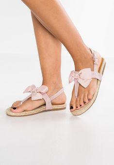955904a21ef 16 beste afbeeldingen van Shoes in 2019 - Loafers & slip ons, Shoes ...