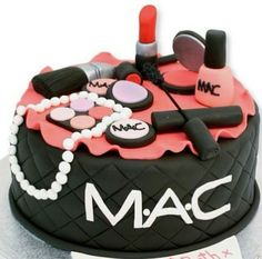 Order Makeup Designer Fondant Cake online from Cake Express and get home delivery any where in Delhi, Noida, Ghaziabad, Faridabad, Gurugram and Greater Noida. Makeup Designer Fondant Cake can be delivery in midnight . Order Fashion and Makeup Themed Cake Girlie Birthday Cakes, Birthday Cake For Mum, Makeup Birthday Cakes, Birthday Cake Maker, Teen Birthday, 13th Birthday, Teen Cakes, Girly Cakes, Fancy Cakes