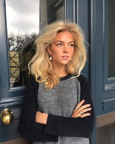 When you care for your hair your whole life changes. Good hair tells other people that you are put together. Hair Inspo, Hair Inspiration, Beige Blond, Non Blondes, Foto Instagram, Good Hair Day, Belleza Natural, Hair Looks, Hair Trends