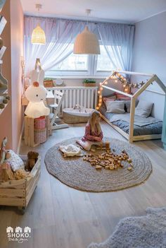 17 Kids Bedroom Interior Design Trends for 2018 - mybabydoo - I want to build a bed like this for kids. Informations About 17 Kids Bedroom Interior Design Trends - Baby Bedroom, Baby Room Decor, Kids Bedroom, Bedroom Decor, Toddler Rooms, Little Girl Rooms, Cozy House, Interior Design, Home Decor