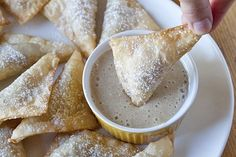 Pumpkin Wontons w/ Creamy Maple Dip
