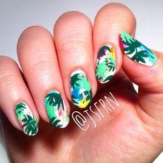 Jane Safarian nail art (@jsfrn_nailart) • tropical nails #pattern