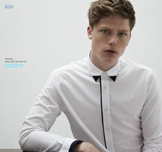 For mens fashion check out the latest ranges at Topman online and buy today. Topman - The only destination for the best in mens fashion Mode Masculine, Formal Shirts, Casual Shirts For Men, Mens Designer Shirts, Le Polo, Smart Outfit, Shirts & Tops, White Shirts, Shirt Style