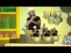 """Ginjoler 9: cançó """"Sóc un Cuiner"""" en llengua de signes catalana - YouTube"""