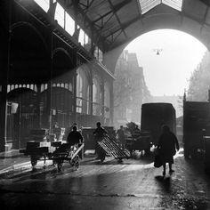 France. Les Halles, Paris circa 1955 // Kees Scherer