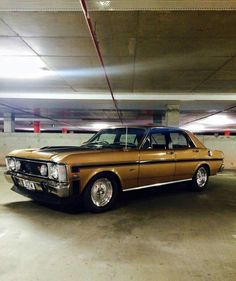 Gold Ford Falcon GT xw,fords for life awesome Australian Muscle Cars, Aussie Muscle Cars, Best Muscle Cars, Ford Falcon, Ford Girl, Ford Classic Cars, Car Ford, Performance Cars, Car In The World