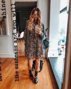 Look of Zoe Sugg from 3 September, 2019 Zoella Outfits, Boho Outfits, Classy Outfits, Fall Outfits, Cute Outfits, Fashion Outfits, Artsy Outfits, Boho Fashion, Autumn Fashion