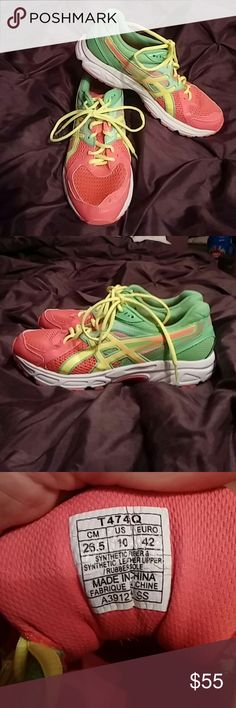 Asics Gel athletic shoes Like new only worn a handful of timesAdorable Asics size 10. The color is in between orange and pink, very pretty! ** make offer** asics Shoes Athletic Shoes