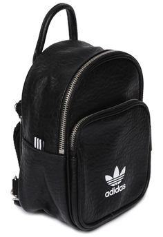 Adidas Originals - MOCHILA MINI CLASSIC - PRETO - OQVestir Backpack Outfit, Backpack Purse, Mini Backpack, Mochila Adidas, Purse For Teens, Mint Bag, Adidas Bags, Back Bag, Accesorios Casual