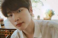 Korean Celebrities, Korean Actors, Celebs, Netflix, Kim Dong, Kdrama Actors, Actor Model, Man Crush, Handsome Boys