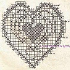 Hobby lavori femminili - ricamo - uncinetto - maglia: cuore filet