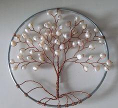 suncatcher perle par sandrinasartistry sur Etsy