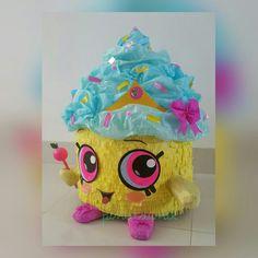 Pinata cupcake queen shopkins