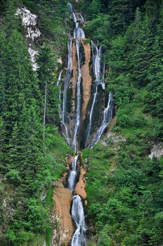 the bigest waterfall from Romania m Beautiful Places To Visit, Beautiful World, Places To See, Visit Romania, Romania Travel, All Nature, Tourist Places, Bucharest, Eastern Europe