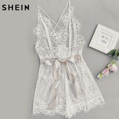 4d500c0d4f79 Шеин женские пижамы женщин лента галстук талии Plunging Lace комбинезон для  сна Белый Спагетти ремень рукавов
