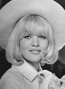 10 September, 1948 ~ Judy Geeson, English film, stage, and television actress. Sally Geeson, Judy Geeson, English Actresses, Actors & Actresses, Isabelle Adjani, Jennifer Connelly, Gilmore Girls, Women In History, Famous Women