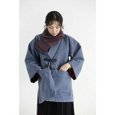 더플코트를 참고한 순모 외투 생활한복입니다. 촬영 #김동호 헤어 메이크업 제이별케이 @jbyeolk 한복 풍경한복 @sewing_landscape 모델#정선 #풍경한복 #맞춤한복 #생활한복 #한복 #한복화보 #hanbok #dress #2017 Korean Fashion, Raincoat, Kimono, Korean Style, Cute, Jackets, K Fashion, Rain Jacket, Down Jackets