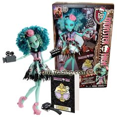 Mattel Year 2013 Monster High Frights, Camera, Action! Hauntlywood 11 Inch Doll - HONEY SWAMP with Video Camera, Action Board, Hairbrush & Doll Stand