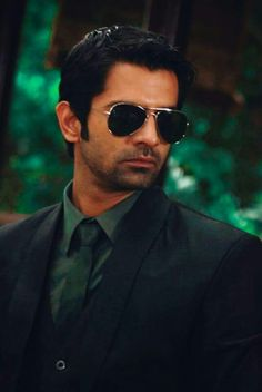 The handsome barun sobti ~(nannav)