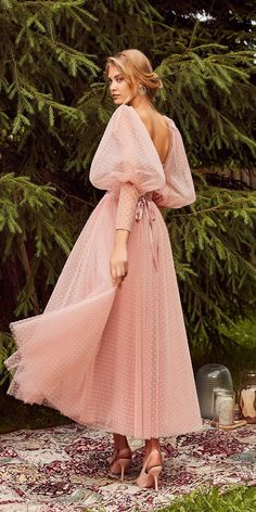 30 Wedding Guest Dresses For Every Seasons & Style ❤ wedding guest dresses tea length with long sleeves low back tatianakaplun wedding dresses best 27 Wedding Guest Dresses For Every Seasons & Style Elegant Dresses, Pretty Dresses, Vintage Dresses, Beautiful Dresses, Pastel Color Dress, Pastel Colours, Evening Dresses, Prom Dresses, Mini Dresses