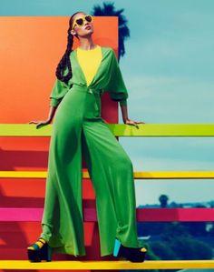 Pop Art Fashion, Foto Fashion, Fashion Poses, Fashion Shoot, Editorial Fashion, Fashion Design, Fashion Editorials, Fashion Vintage, Editorial Design