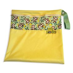 A PUL wet bag is a must and this one is fast and simple to create from Babyville Boutique™ zippered wet bag tutorial