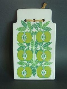 kaj franck green apple wall plaque