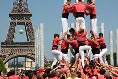 Colla Vella dels xiquiets de Valls a París.