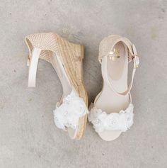 €169 Flower Lace Espadrille Wedges Wedding Shoes Bride Bruid Summer Sparkle Bohomain Vintage Ivory