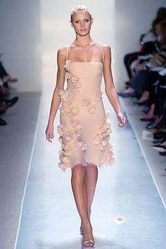Ralph Rucci Spring 2005 Ready-to-Wear Fashion Show - Yfke Sturm