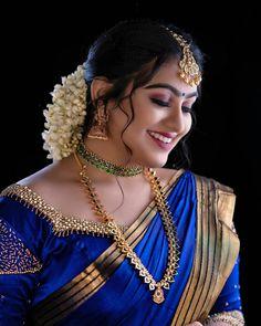 Beautiful Women Over 40, Beautiful Girl Indian, Beautiful Girl Image, Most Beautiful Indian Actress, Beautiful Places, Cute Beauty, Beauty Full Girl, Beauty Women, Bridal Hair Buns