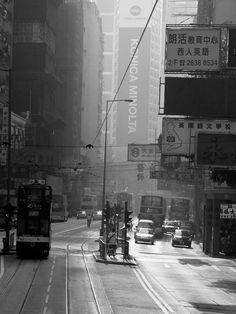Hongkong island, with over hundred year history's tram on the main queen road. #tram #hk #HONGKONG