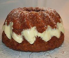 appelsiini-suklaakakku, suklainen kuivakakku Sweet Recipes, Cake Recipes, Dessert Recipes, Funny Cake, Sweet Pastries, Little Cakes, Coffee Cake, I Love Food, Yummy Cakes