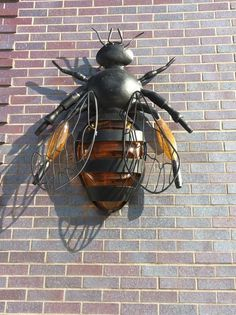 Bee lamp at Crystal Bridges Museum Hotel, Bentonville, Arkansas, USA