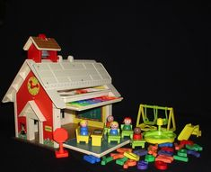 22 awesome fisher-price sets you wish you still had. I wish they still made these!! they were the best!!