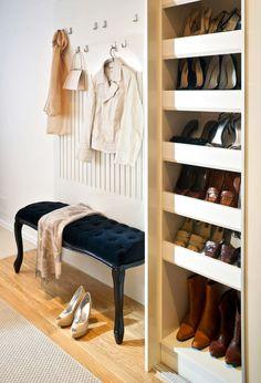 Мебель и предметы интерьера в цветах: желтый, черный, серый, белый, бежевый. Мебель и предметы интерьера в стилях: неоклассика.