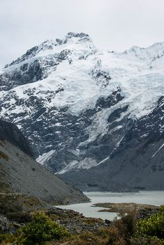 Mueller Glacier terminal Lake | New Zealand (by Jocey K)