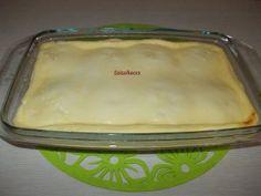 Sütőben sült túrógombóc édes tejfölös mártással Pudding, Desserts, Food, Deserts, Custard Pudding, Puddings, Dessert, Meals, Yemek