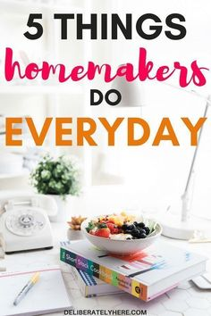 Get access to the complete resource library of Mainly Homemade, full of printables to help you set routines, meal plan, bullet journal, and more! Get access now! Free Planner, Printable Planner, Free Printables, Happy Planner, Effective Leadership, Leadership Skill, Leadership Qualities, Christian Homemaking, Bullet Journal Printables