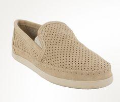 Pacific Sneaker by Minnetonka