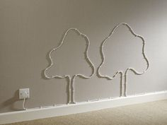 DIY Ideas To Hide The Wires in The Wall Creative Ideas to hide cables Hide Cables, Decoration Entree, Sweet Home, Diy Casa, Interior Decorating, Interior Design, Decorating Ideas, Modern Wall Decor, Creative Decor