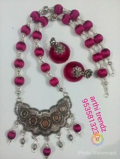 Silk Thread Necklace, Beaded Necklace Patterns, Thread Jewellery, Jewelry Patterns, Diy Jewellery, Jewellery Making, Silk Bangles, Oxidised Jewellery, India Jewelry