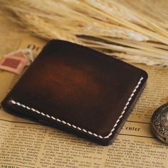 Vintage Rebellion is a unique online store focused on providing top quality leather products in pre-modern and vintage style. Leather bags, wallets, journal covers, computer covers, etc. Slim Leather Wallet, Slim Wallet, Tan Leather, Unique Vintage, Vintage Style, Vintage Fashion, Leather Bags Handmade, Leather Craft, Tan Guys