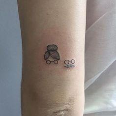 Pequena e grande homenagem da Larissa para seus avós. Obrigada! Mini Tattoos, Dream Tattoos, Trendy Tattoos, Future Tattoos, Love Tattoos, Body Art Tattoos, Tribal Tattoos, Small Tattoos, Tattoos For Women
